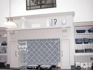 Roundhouse Architecture Ltd:  tarz Mutfak