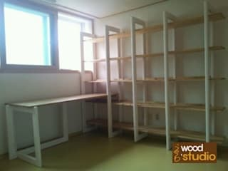 홍스목공방 Study/officeCupboards & shelving