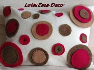 Microfibra y pañolenci:  de estilo  por Lola Eme Deco