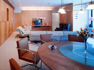 U RESIDENCE モダンデザインの リビング の Mアーキテクツ|高級邸宅 豪邸 注文住宅 別荘建築 LUXURY HOUSES | M-architects モダン