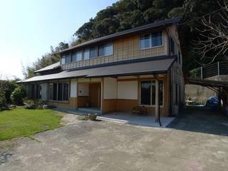 Maisons asiatiques par 建築設計事務所 山田屋 Asiatique