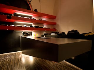 Nodo 127 Negozi & Locali commerciali in stile minimalista di Stefano Panero Oddi Nyeusi Design Minimalista
