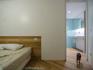 Bedroom by ROCAMORA DISEÑO Y ARQUITECTURA