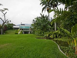 oda - oficina de arquitectura Modern style gardens
