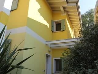 bonora immobiliare Casas de estilo clásico