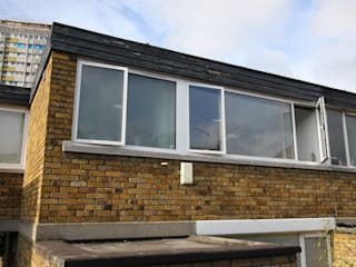 Ebbisham Drive IQ Glass UK Modern windows & doors White