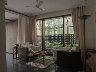 Tathastu_Residence Modern living room by Design Plus Modern