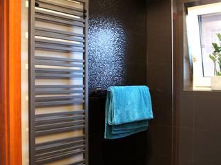 łazienka w domu jednorodzinnym abostudio Nowoczesna łazienka