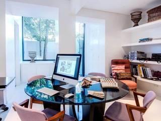 Atelier : Escritórios  por CUBICULUM   //  arquitectura & interiores