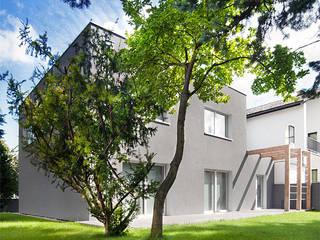 Modern houses by PL+sp. z o.o. Modern