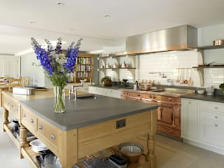 Edwardian English Country Cook's Kitchen Country style kitchen by Artichoke Country