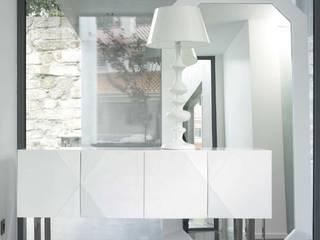 Mobiliário para Hall  Hall Furniture www.intense-mobiliario.com  Nara http://intense-mobiliario.com/product.php?id_product=1077:   por Intense mobiliário e interiores;