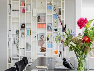 modern  by Bloomon Deutschland, Modern