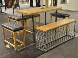 Tischgruppe Flanschinger/Eichinger: industriell  von Stef Fauser Design,Industrial