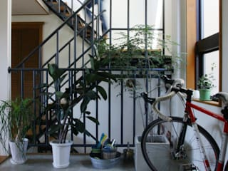 現代風玄關、走廊與階梯 根據 HOUSETRAD CO.,LTD 現代風