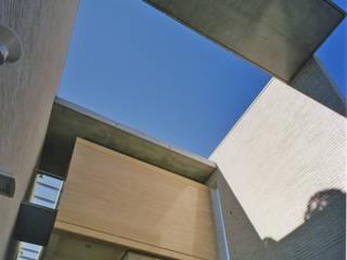 โดย 松原デザイン一級建築士事務所 โมเดิร์น