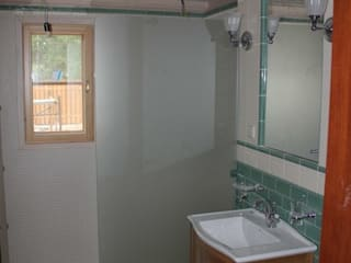 ReflectArt BathroomBathtubs & showers Glass