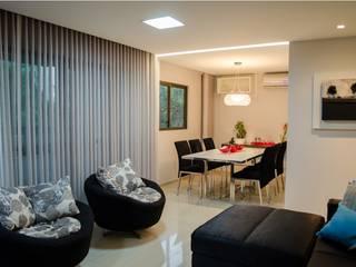 Apartamento Espinheiro: Salas de estar  por Andressa Rangel Arquitetura e Interiores,
