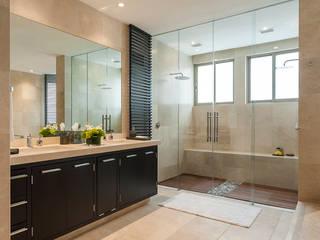 Classic style bathroom by HO arquitectura de interiores Classic