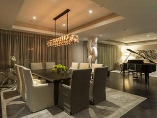 Sala da pranzo in stile classico di HO arquitectura de interiores Classico