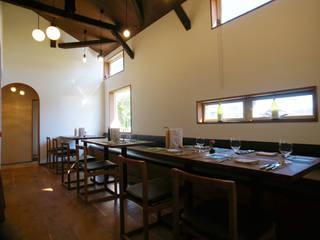 祐成大秀建築設計事務所 Restaurantes Madera maciza Acabado en madera