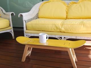 Skateboard Stool & Magazine Rack yellow skate-home Oficinas y tiendas