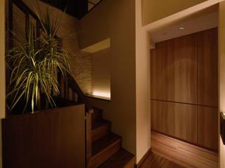 風の通る家 モダンスタイルの 玄関&廊下&階段 の アーキペラゴデザイン一級建築士事務所 モダン