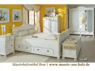 Weißer Kleiderschrank im Landhausstil:  Schlafzimmer von Massiv aus Holz