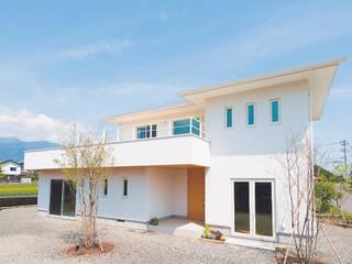 Casas modernas por 株式会社ルティロワ 一級建築士事務所 Moderno