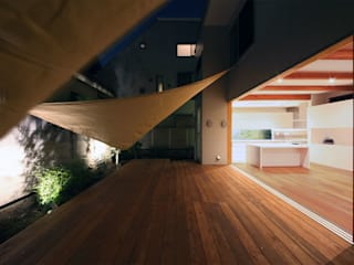 一級建築士事務所アトリエソルト株式会社 Modern Balkon, Veranda & Teras