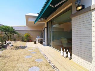 은평2지구 두산위브 42평형 모던스타일 발코니, 베란다 & 테라스 by Design A3 모던