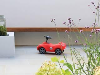 Boulevard Garden, Chigwell Modern Garden by Boscolo Modern
