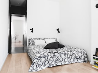 MIROarchitetti의  작은 침실, 모던