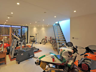 Gym by Paul Wiggins Architects, Modern