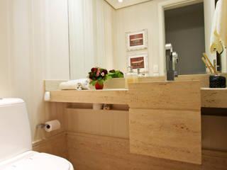 Apartamento Granja Julieta Banheiros modernos por Officina44 Moderno
