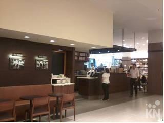 Starbucks - Jundiaí Shopping | SP: Espaços gastronômicos  por KN Arquitetura
