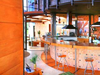 Residência Portal da Torre Cozinhas rústicas por Hérmanes Abreu Arquitetura Ltda Rústico