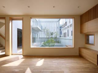 小松設計 Modern windows & doors