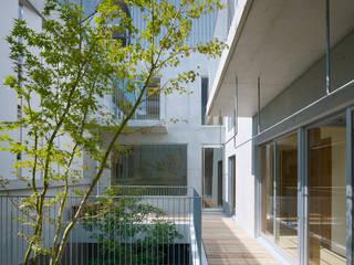 小松設計 Modern balcony, veranda & terrace