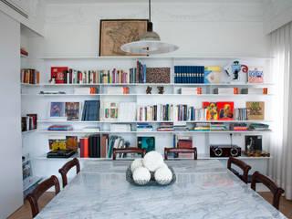 PQ Apartment Estudios y despachos de estilo mediterráneo de Singularq Architecture Lab Mediterráneo