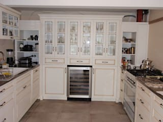 Moderne keukens van STİLART MOBİLYA DEKORASYON İMALAT.İNŞAAT TAAH. SAN.VE TİC.LTD.ŞTİ. Modern