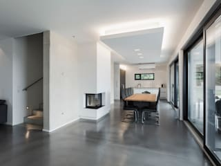 Haus G.: moderne Esszimmer von hümmer söllner architekten