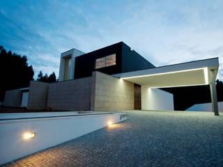 Дома в стиле минимализм от mioconcept Минимализм