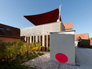 """V i n o t h e k  """"Dankbar"""": moderne Häuser von hümmer söllner architekten"""