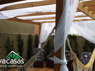 Deck e Pérgola Personalizada.: Casas  por Inova Casas - Arquitetura e Construção