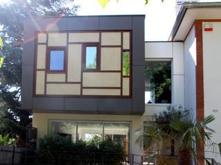 Olivier Stadler Architecte Modern houses Wood-Plastic Composite Wood effect