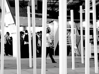 Vítor Leal Barros Architecture Sedi per eventi in stile minimalista