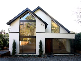 Beechcroft IQ Glass UK Modern windows & doors