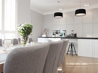Classic style dining room by Katarzyna Kraszewska Architektura Wnętrz Classic