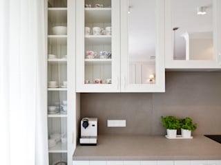 Mieszkanie Wilanów Klasyczna kuchnia od Katarzyna Kraszewska Architektura Wnętrz Klasyczny